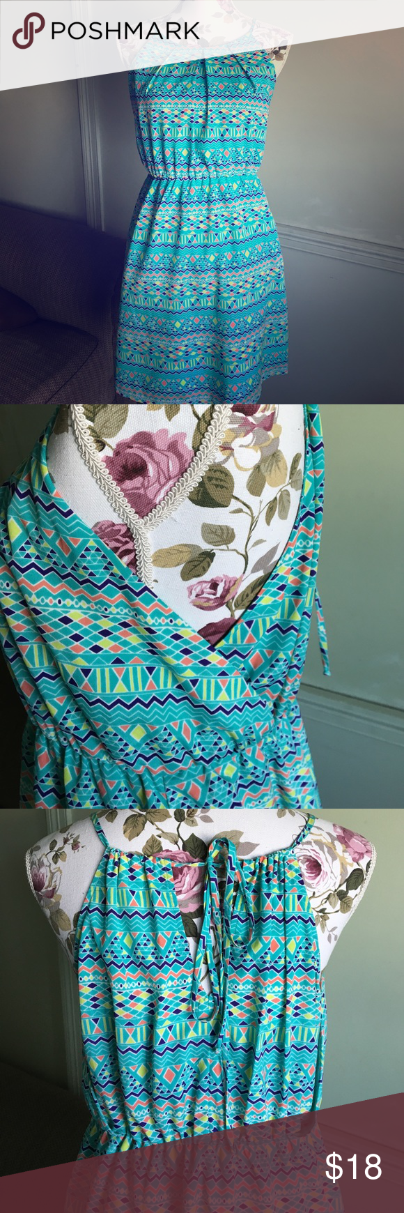 👗Fun Summer Dress Excellent condition! Ties at neck. Criss cross detail on side. Pink Owl Dresses