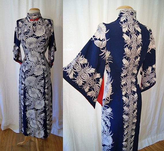 Exotic 1940's Hawaiian Togs navy blue and white by wearitagain