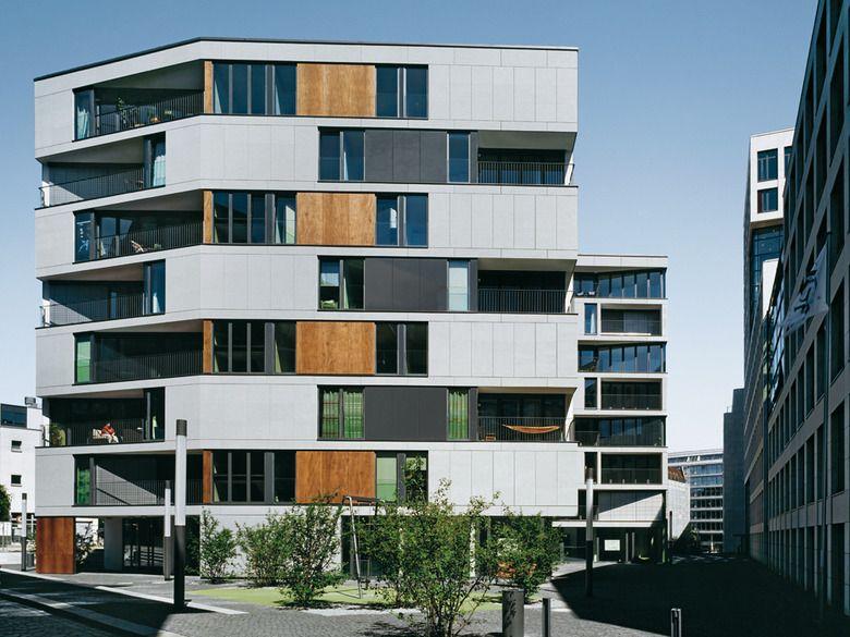 Wohnen Im Brahmsquartier: Facade Architecture, Modern