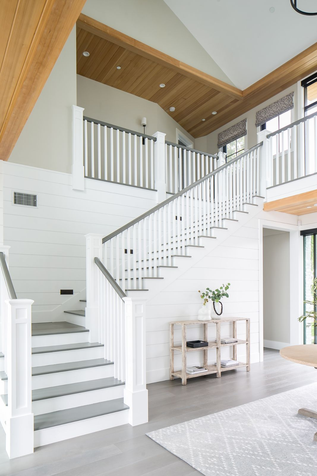 11+ Modern Stair Railing Designs That Are Perfect! | White ...