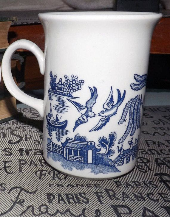 Vintage Late 1980s Churchill China England Blue Willow Coffee Or Tea Mug Blue And White Chinoiserie Pattern Blue Willow Willow Pattern Chinoiserie