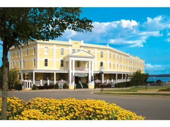 Stafford S Perry Hotel Est 1899 Located In The Heart Of Gaslight District Downtown Petoskey