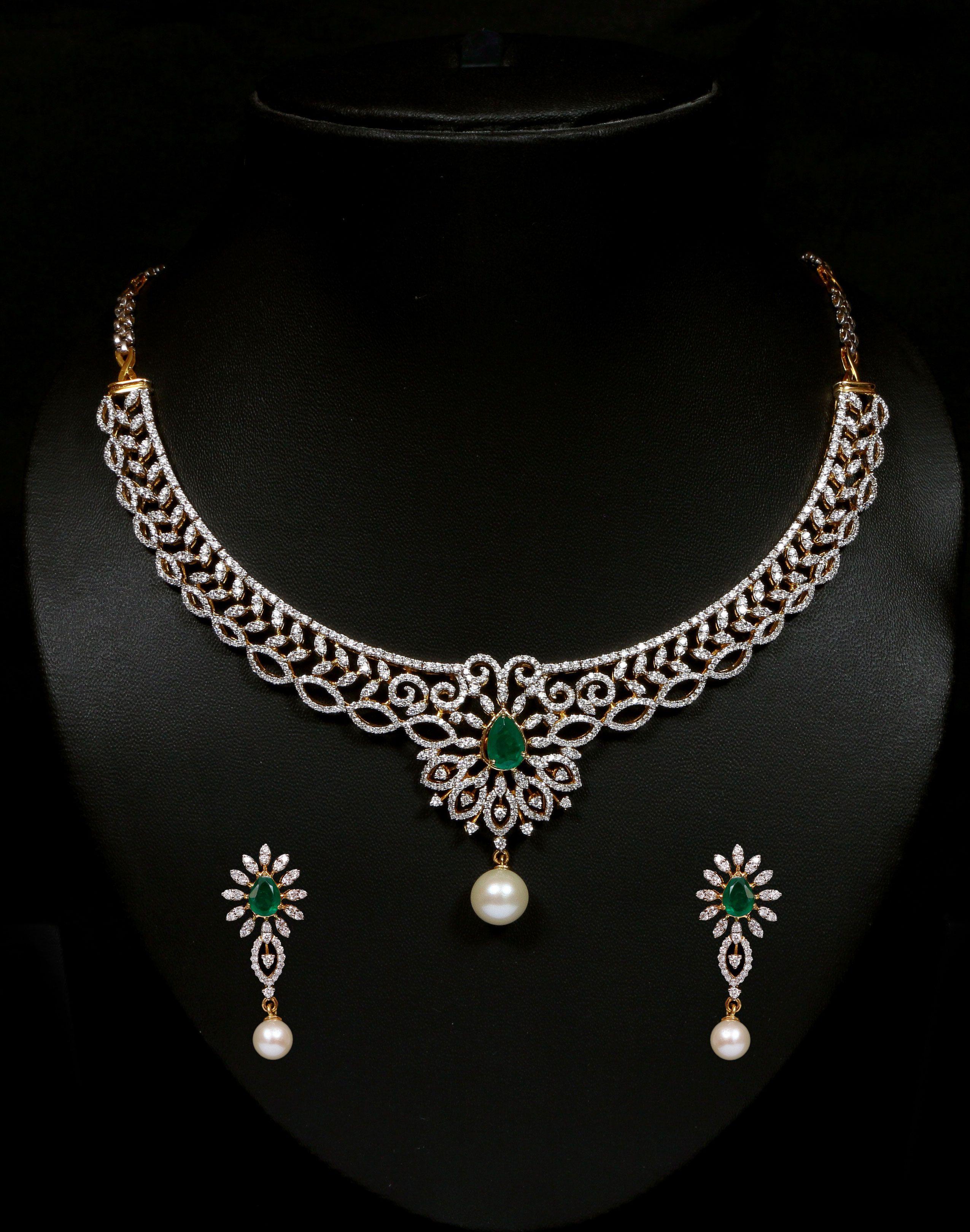 Diamond and emerald necklace set vummidi bangaru jewellers diamond and emerald necklace set vummidi bangaru jewellers aloadofball Choice Image