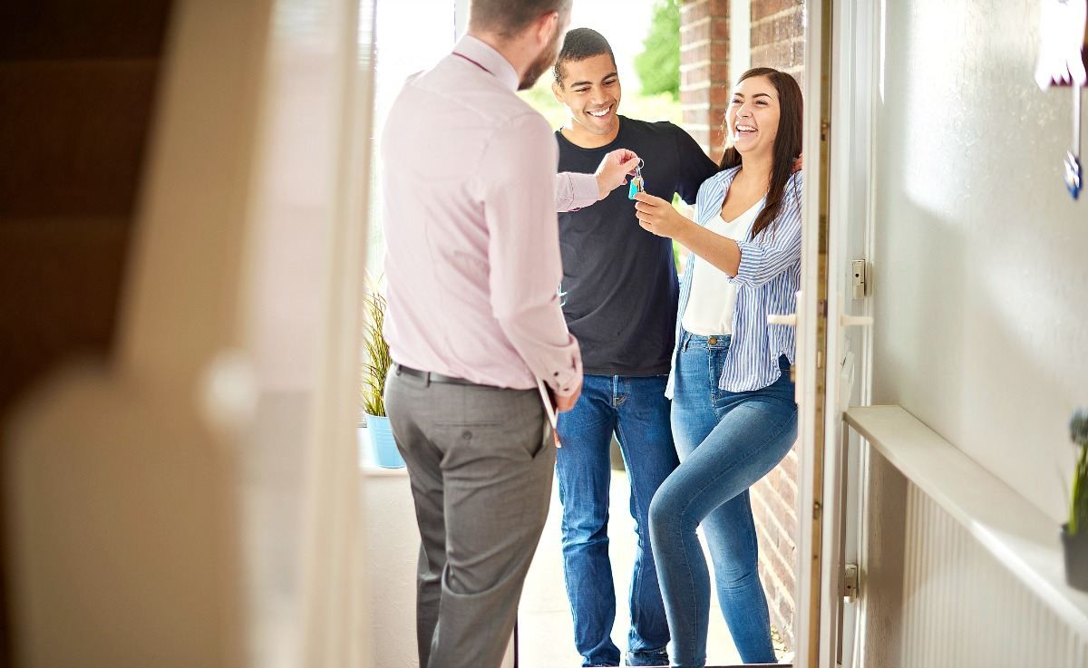 Checklist for firsttime home buyers infographic