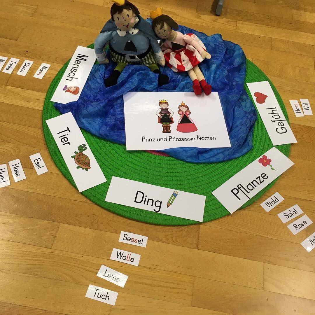 Hoher Besuch In Der Heutigen Deutschstunde Prinz Und Prinzessin Nomen Wortarten Wortart Deutschstunde Montessori Aktivitaten Montessori Grundschule