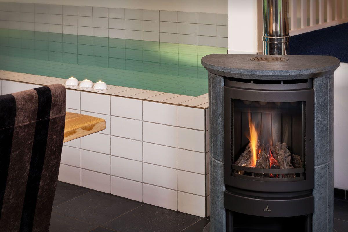 Vakantiehuis drenthe personen priv wellness met for Huisje met sauna en jacuzzi 2 personen