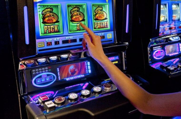 Работа в казино игровые автоматы играть в покер как в автоматах онлайн бесплатно