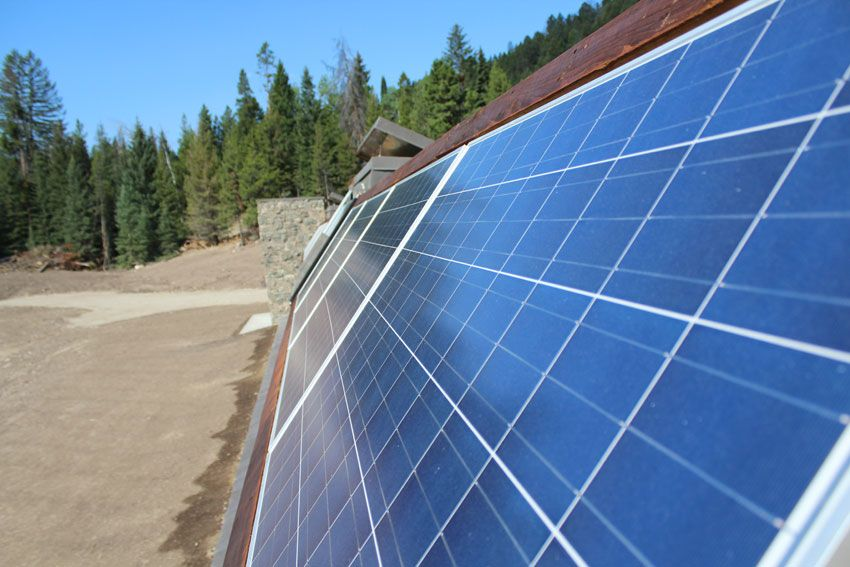 Big Sky Solar Powered Stone Earthship Is Off Grid Living Perfection In Montana Off Grid World Solar Panels Best Solar Panels Solar