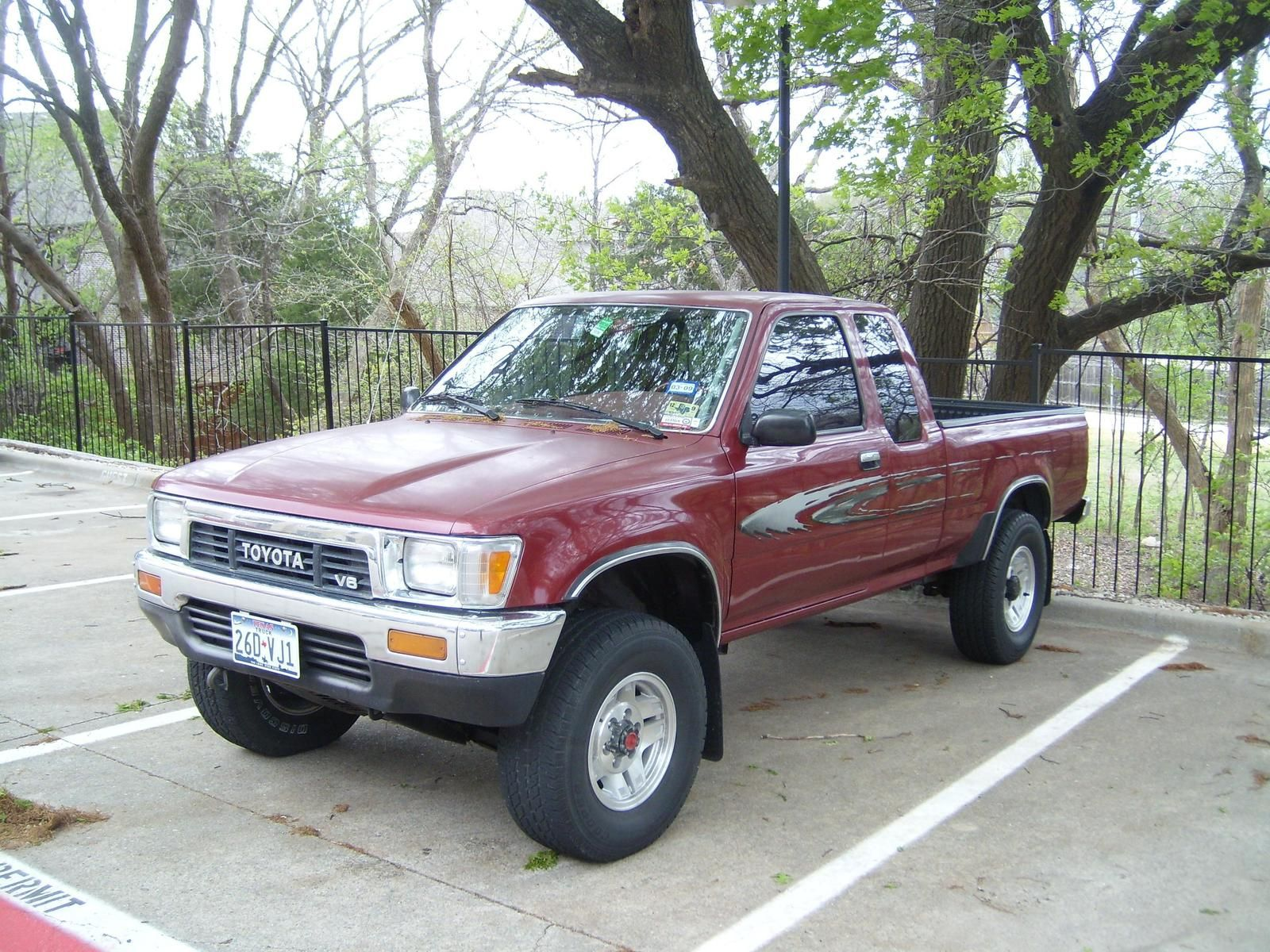 1990 Toyota Pickup 4x4 Weight Check More At Https Www Corinthiancollection Com Toyota 1990 Toyota Pickup 4x4 Toyota 4x4 Toyota