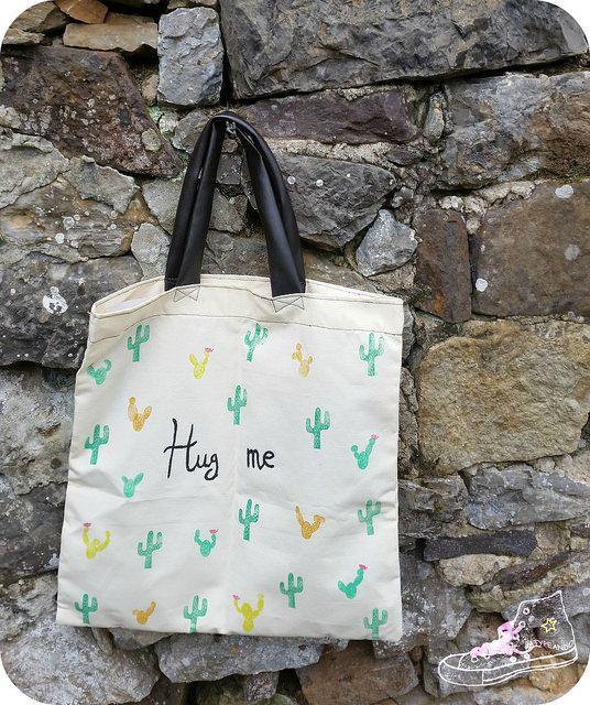 Intercambio entre blogs. Una tote bag por una guirnalda de madera.