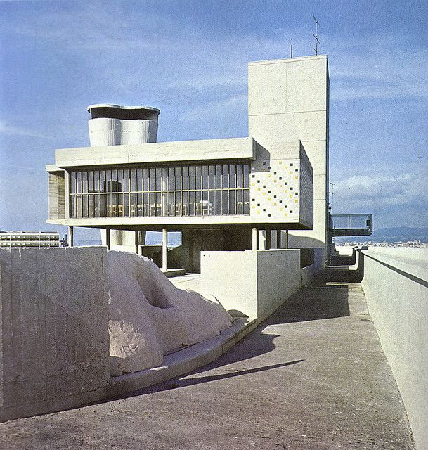 Unité d'habitation. Marseille. France. By Le Corbusier