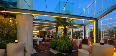 Terraza del hotel derby claris smart cities pinterest for Terraza bar