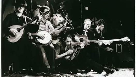 The Pogues - The Broad Majestic Shannon - Video Dailymotion