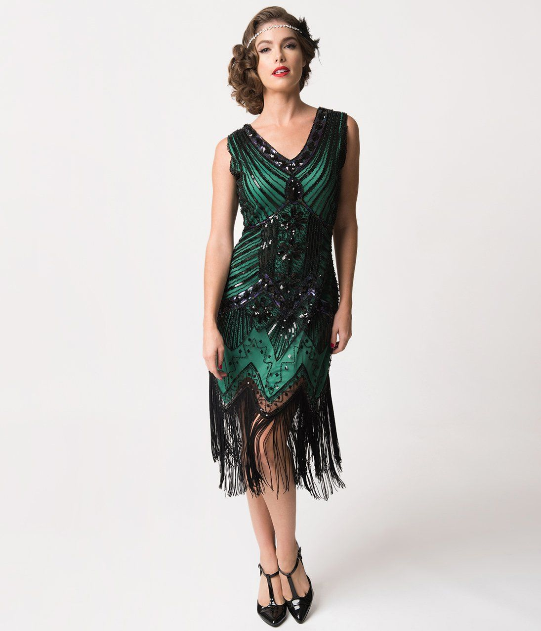 What Did Women Wear In The 1920s 20s Clothing Trends In 2020 1920s Evening Dress Fringe Flapper Dress Beaded Flapper Dress