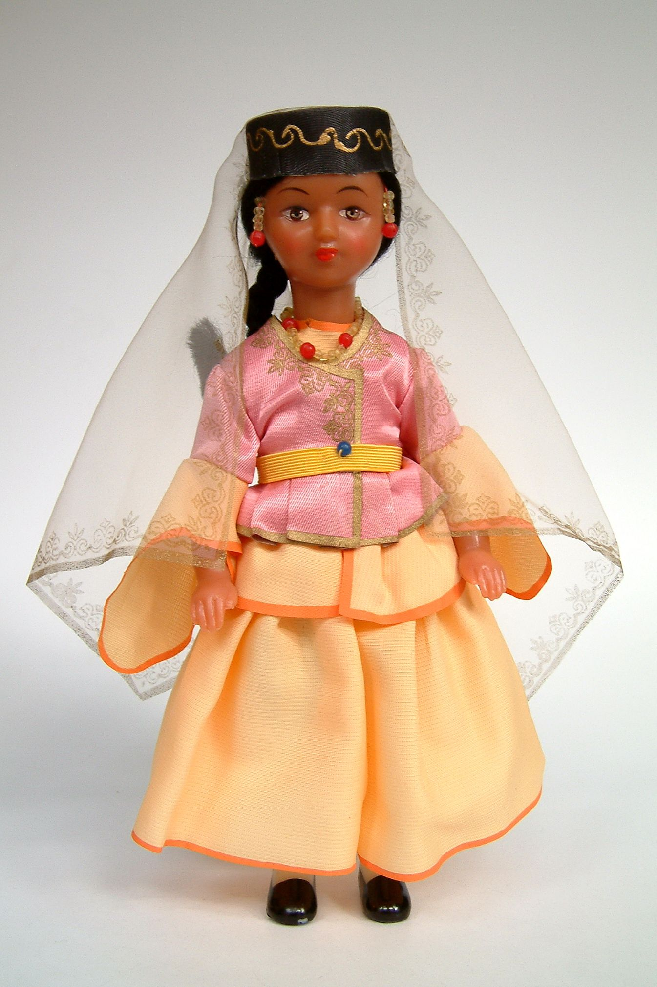 Azerbaijan   National costume doll made in USSR (Russia)