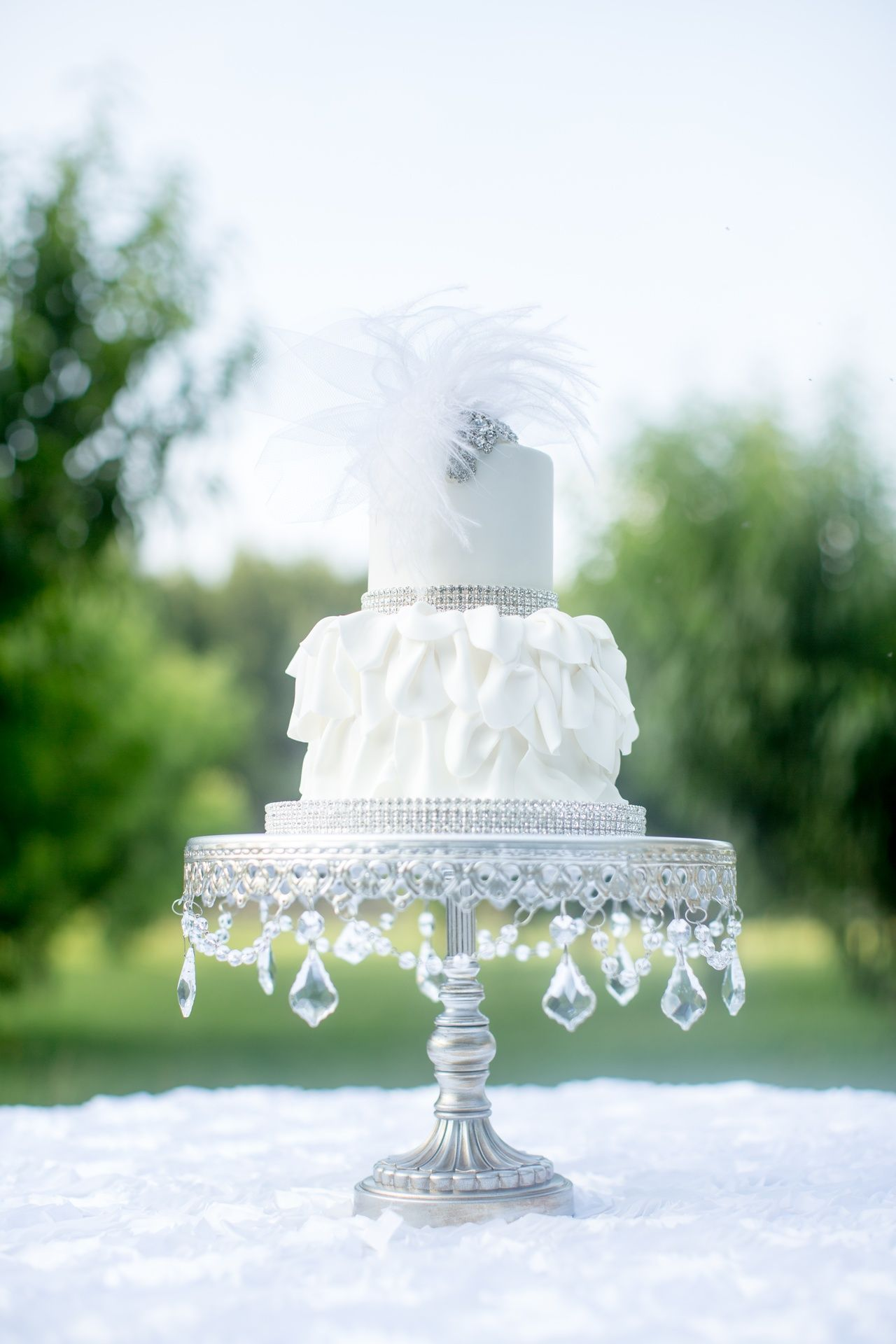 Chandelier Round Cakes (set of 3) | Pinterest | Cake tower, Wedding ...