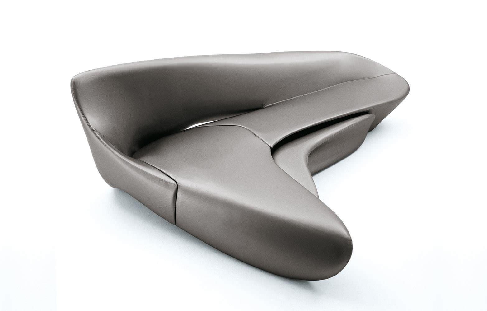 Zaha hadid design cerca con google design divano zaha for Divano zaha hadid