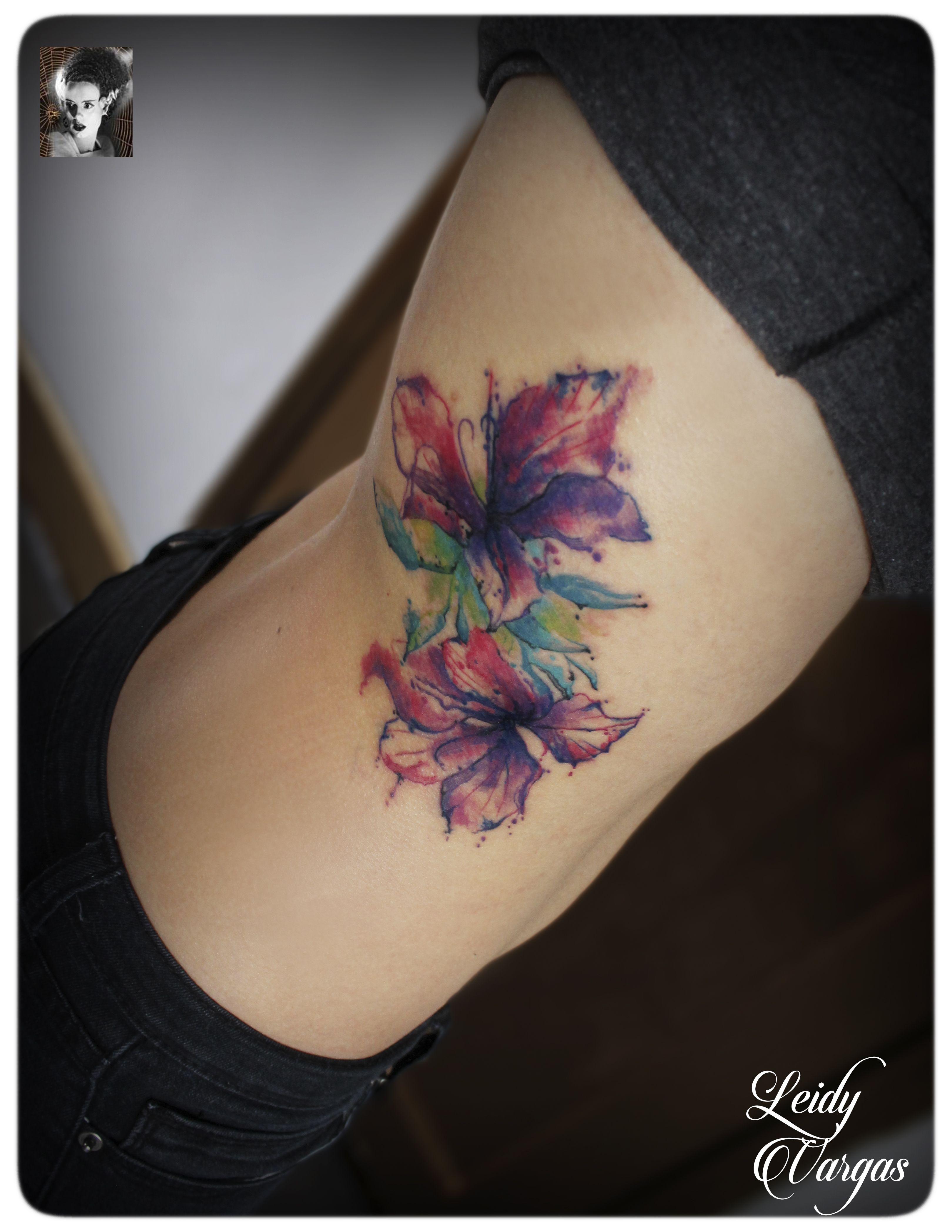 tatuajes flores costillas , Buscar con Google