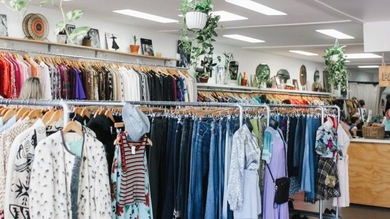 The 7 Best Vintage Clothing Stores In Singapore Online Thrift Store Thrift Store Outfits Op Shop