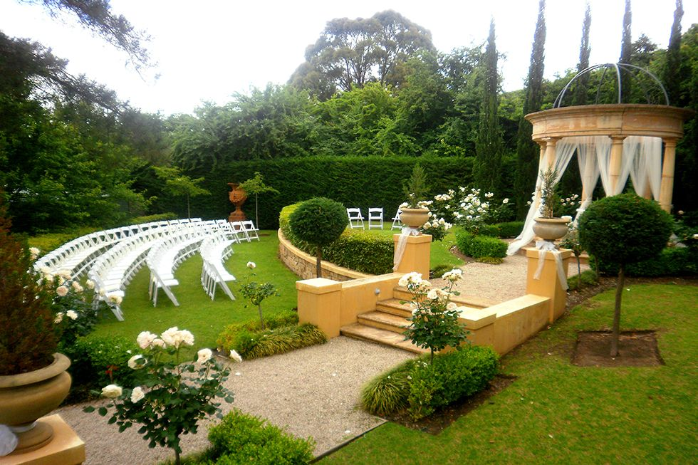 Il Giardindo Silvestri The Garden Is A Purpose Built European Style