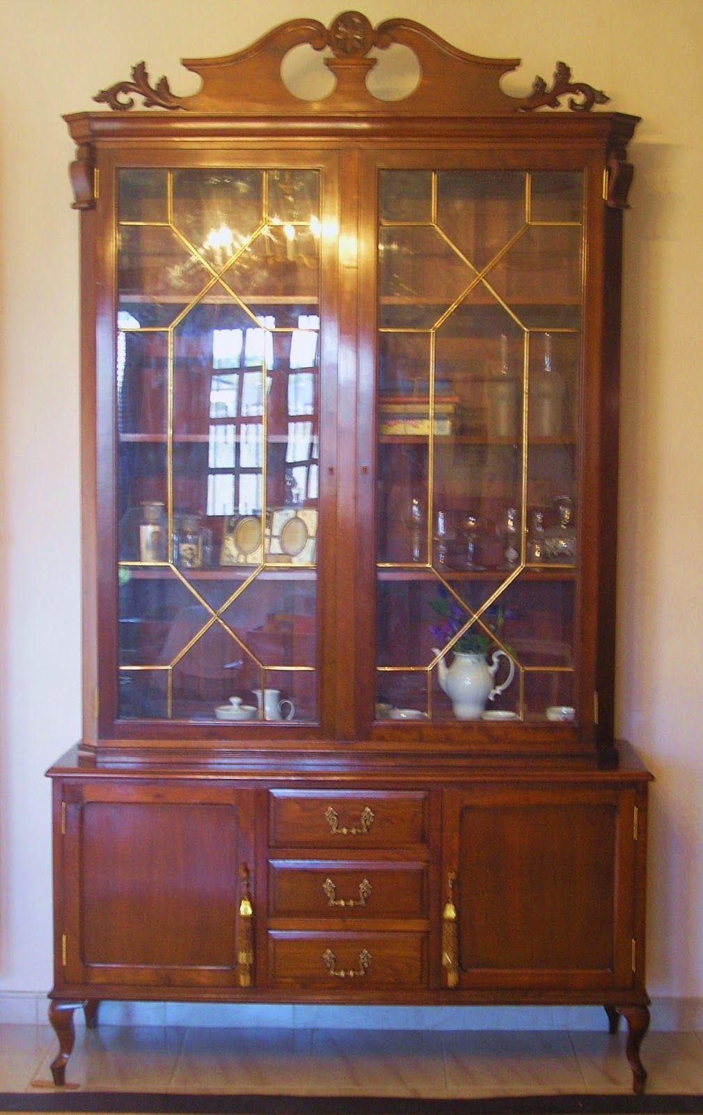 El desvan de mamen seguimos con vitrinas antiguas trabajos vitrina antigua vitrinas y - Muebles el desvan ...