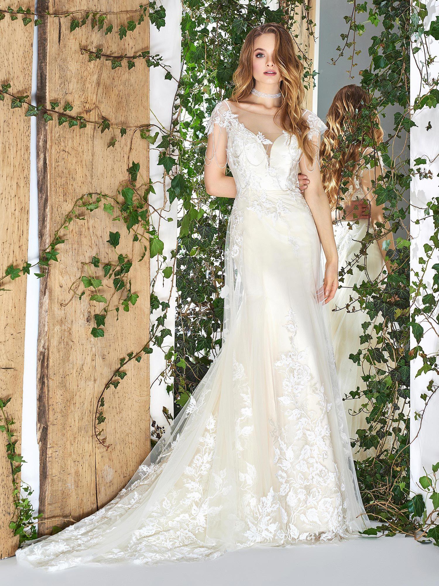 31++ Wedding dress overlay skirt information