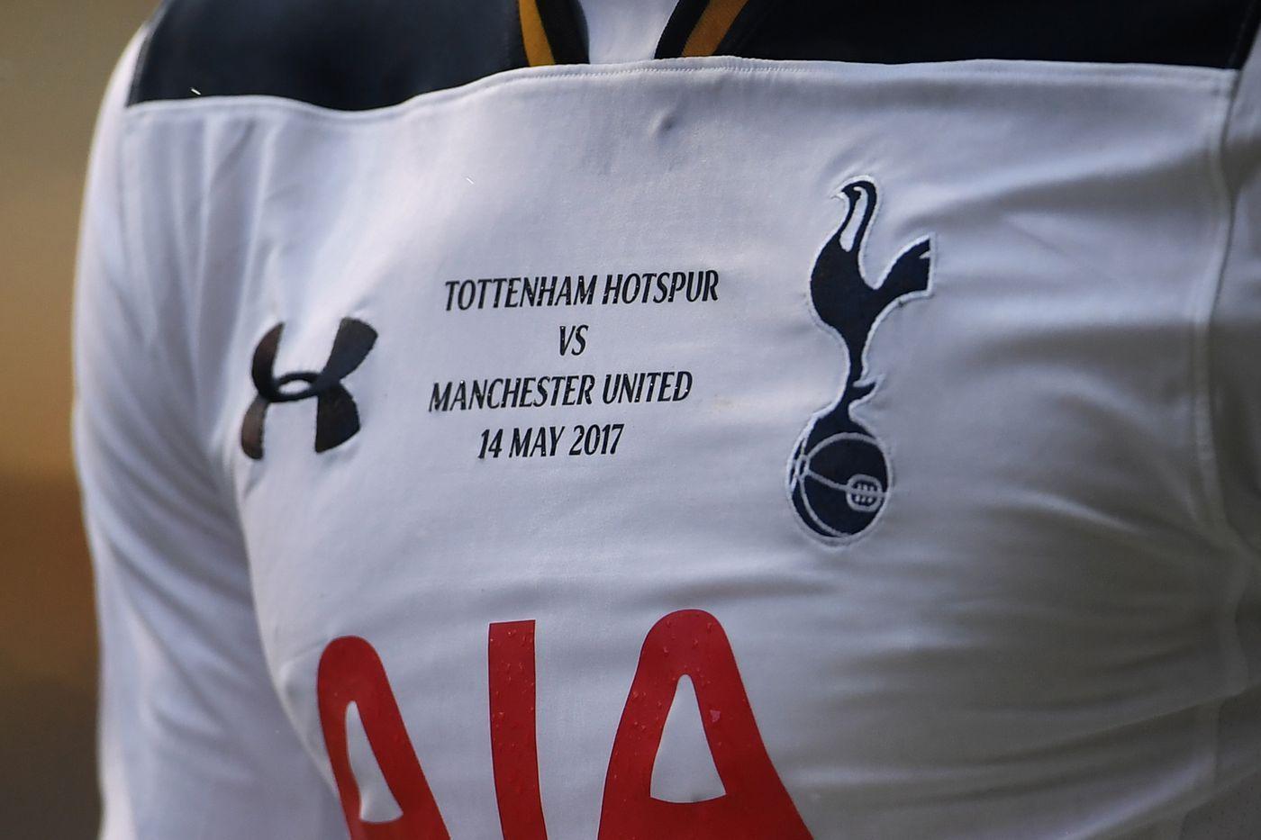 The best photos from Tottenham s final match at White Hart Lane ... 98823cc3e