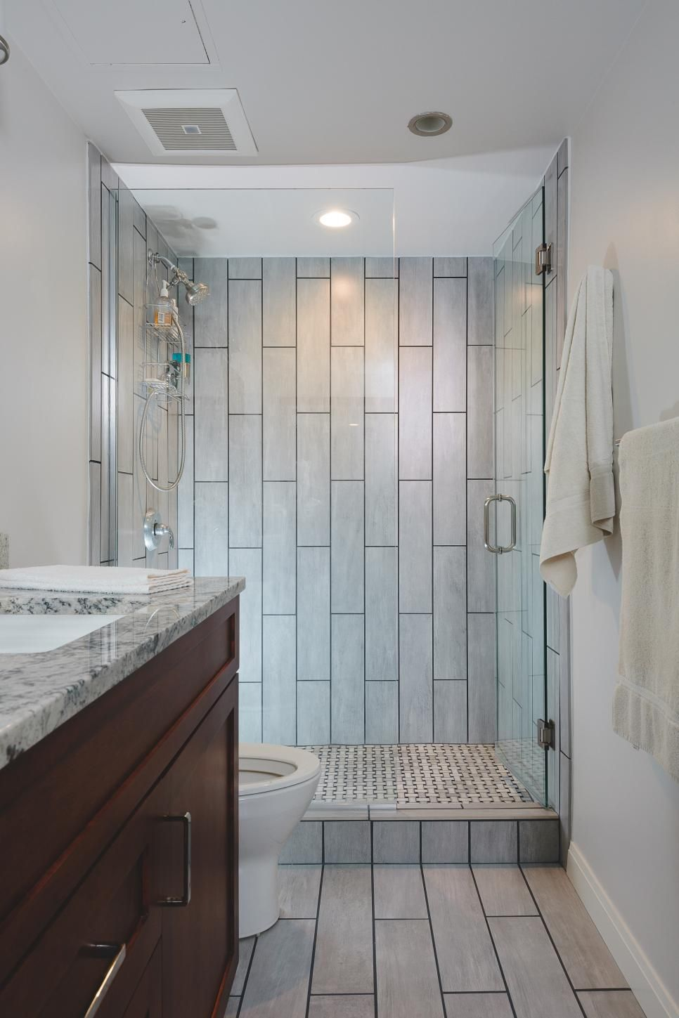 15 Ways To Refresh Your Walls On A Budget Bathroom Design Small