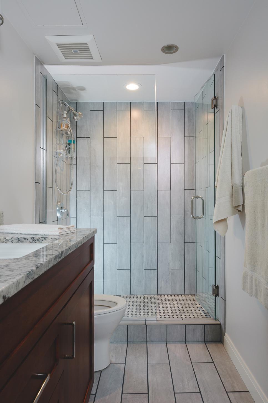 15 Ways To Refresh Your Walls On A Budget Bathroom Ideas