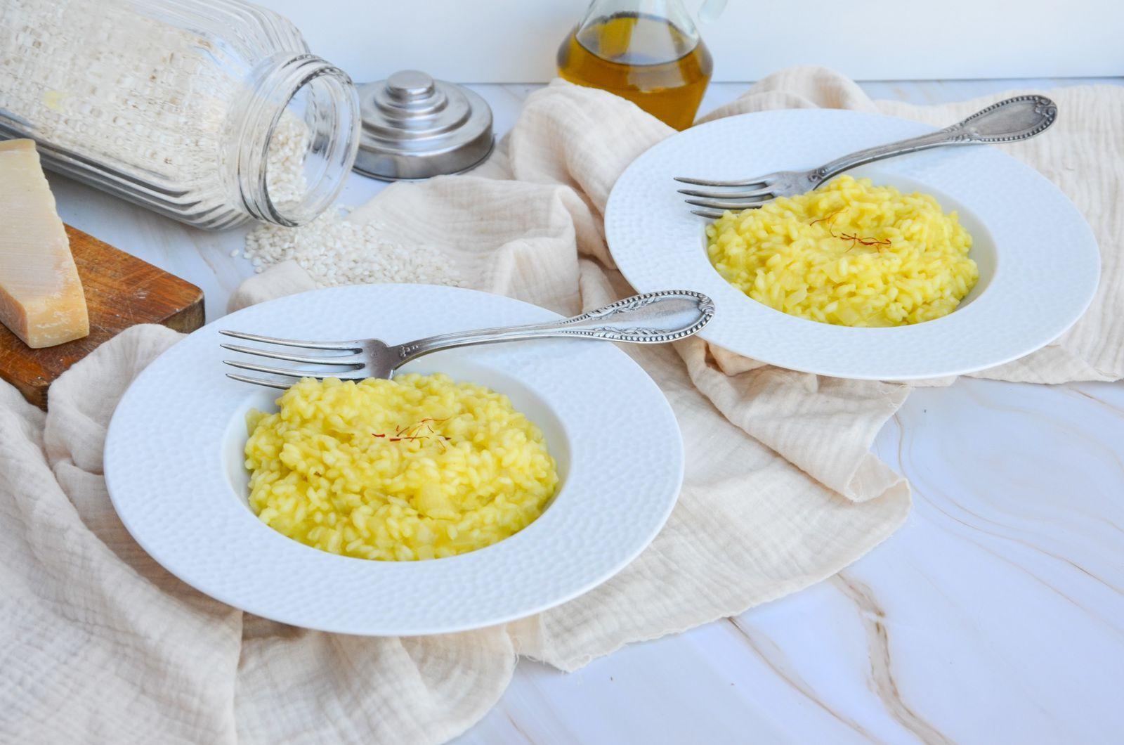 Le Risotto A La Milanaise Un Grand Classique De La Cuisine Italienne Que J Adore Preparer La Recette N Est Pas En 2020 Recettes De Cuisine Cuisine Italienne Cuisine