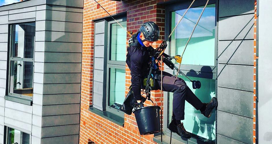 Importance Of Window Cleaning Kent Dial 079 4465 4477 Window Cleaner Cleaning Gutters Kent