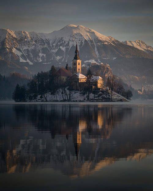 pascal leroi: Winter sunrise at Lake Bled, Slovenia #Lockerz