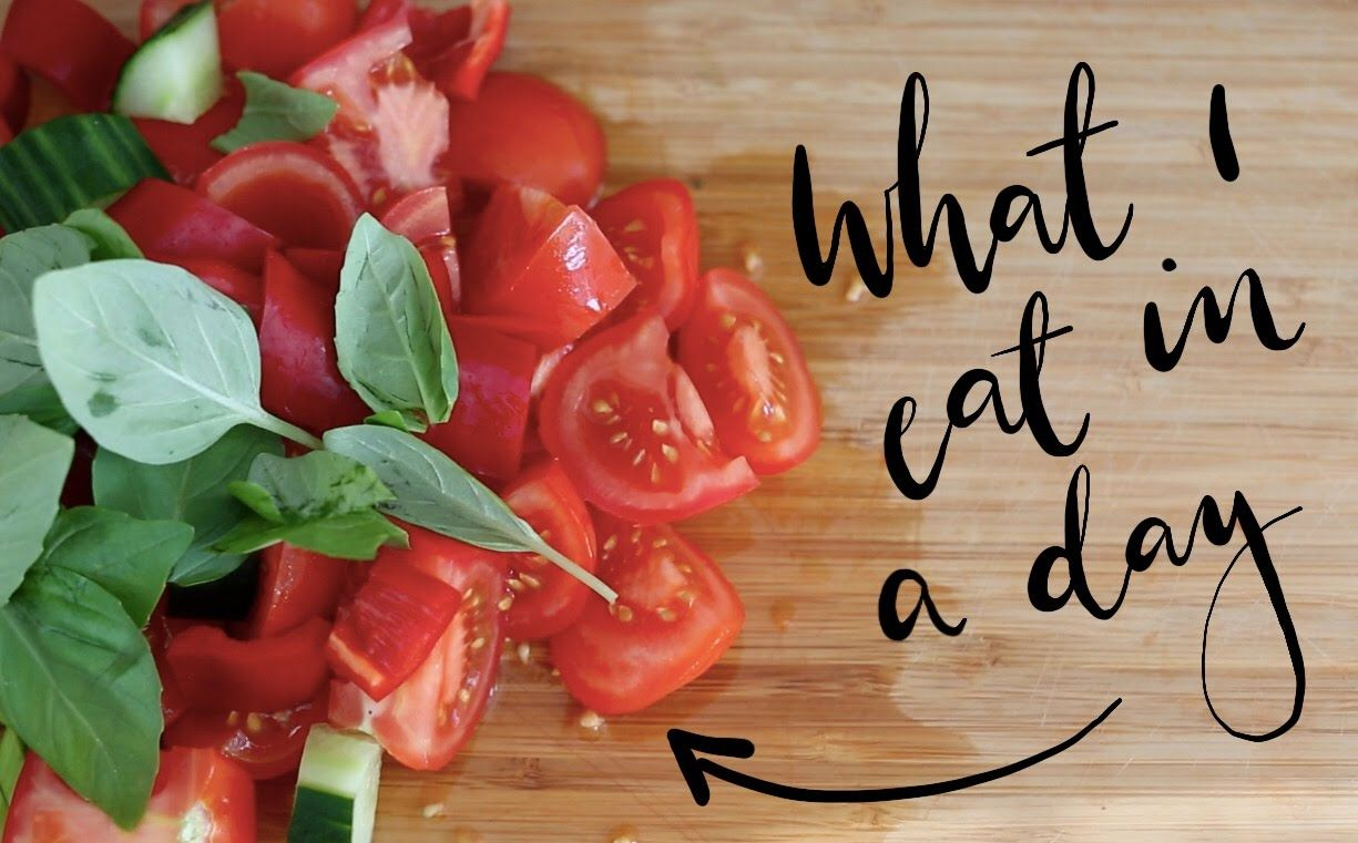 WHAT I EAT IN A DAY | Lily Pebbles