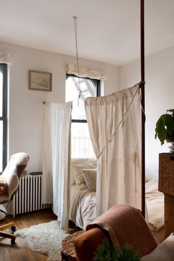 La s paration de pi ce amovible optez pour un rideau chambre pinterest rideaux - Separation pour chambre ...