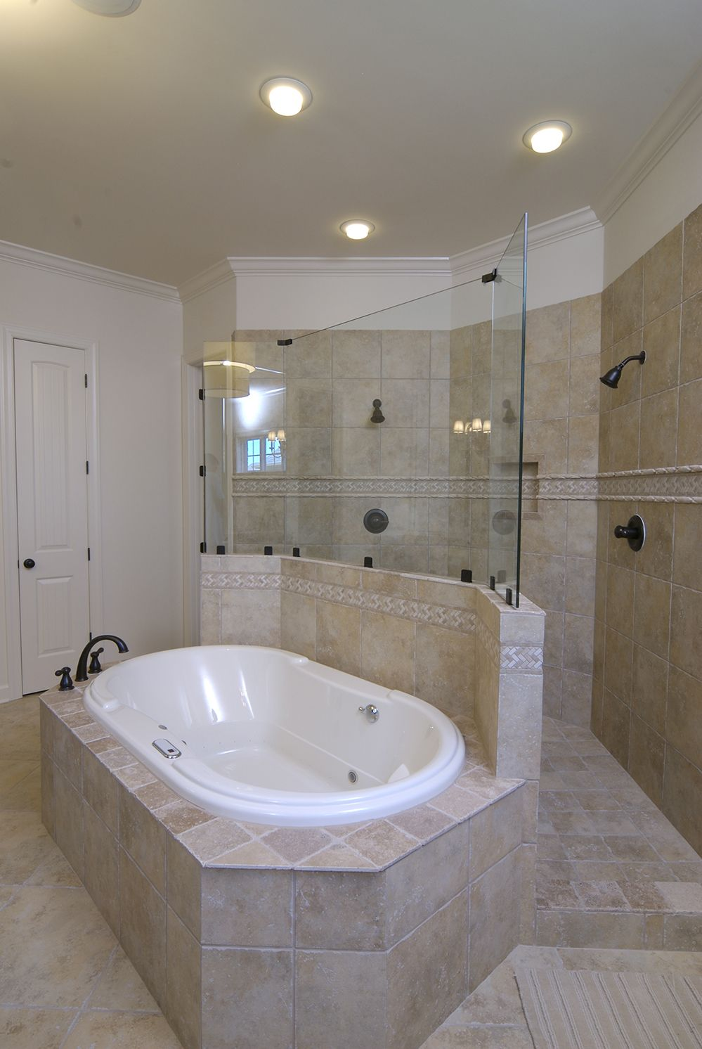 Regency homebuilders open concept living large master bathroom regency homebuilders open concept living large master bathroom tile ceramic tile dailygadgetfo Images