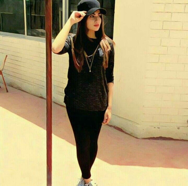 Saima khan 💖🌹 Follow my boards if u like them