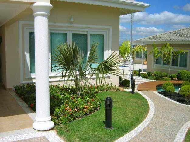 Pin de sonia alvarez en jardines outdoor decor home for Decoracion jardines pequenos frente casa