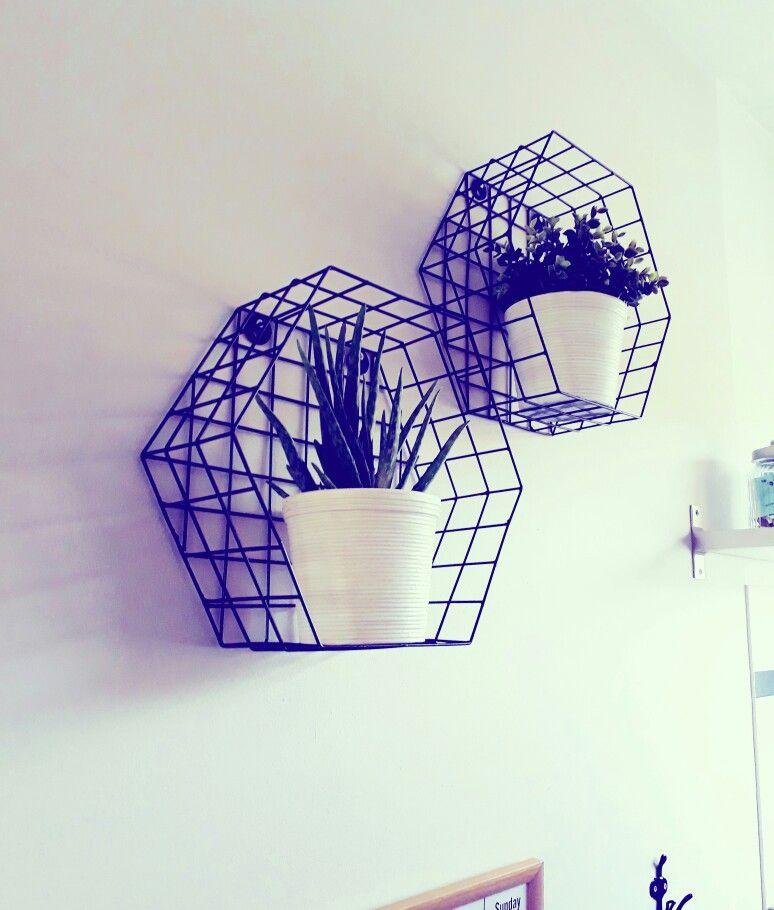 Hexagon Wanddecoratie Van Karwei De Potten En Plantjes Van Ikea Ikea Potten