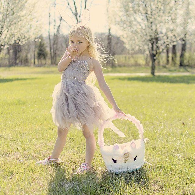 Happy Easter!!  We hope you have a wonderful day!!  pc: @daphs_mamarazzi  #daphniepearl #model #childmodel #fashionmodel #girlsspringfashion #girlsfashion #springfashion #fashion #like  #instagood #instafashion #naturalmodel #gorgeous #longhair #longhairdontcare #millionkids  #beautiful  #mamarazzi  #igfashion #gorgeous #easter #easter2016 #bunny