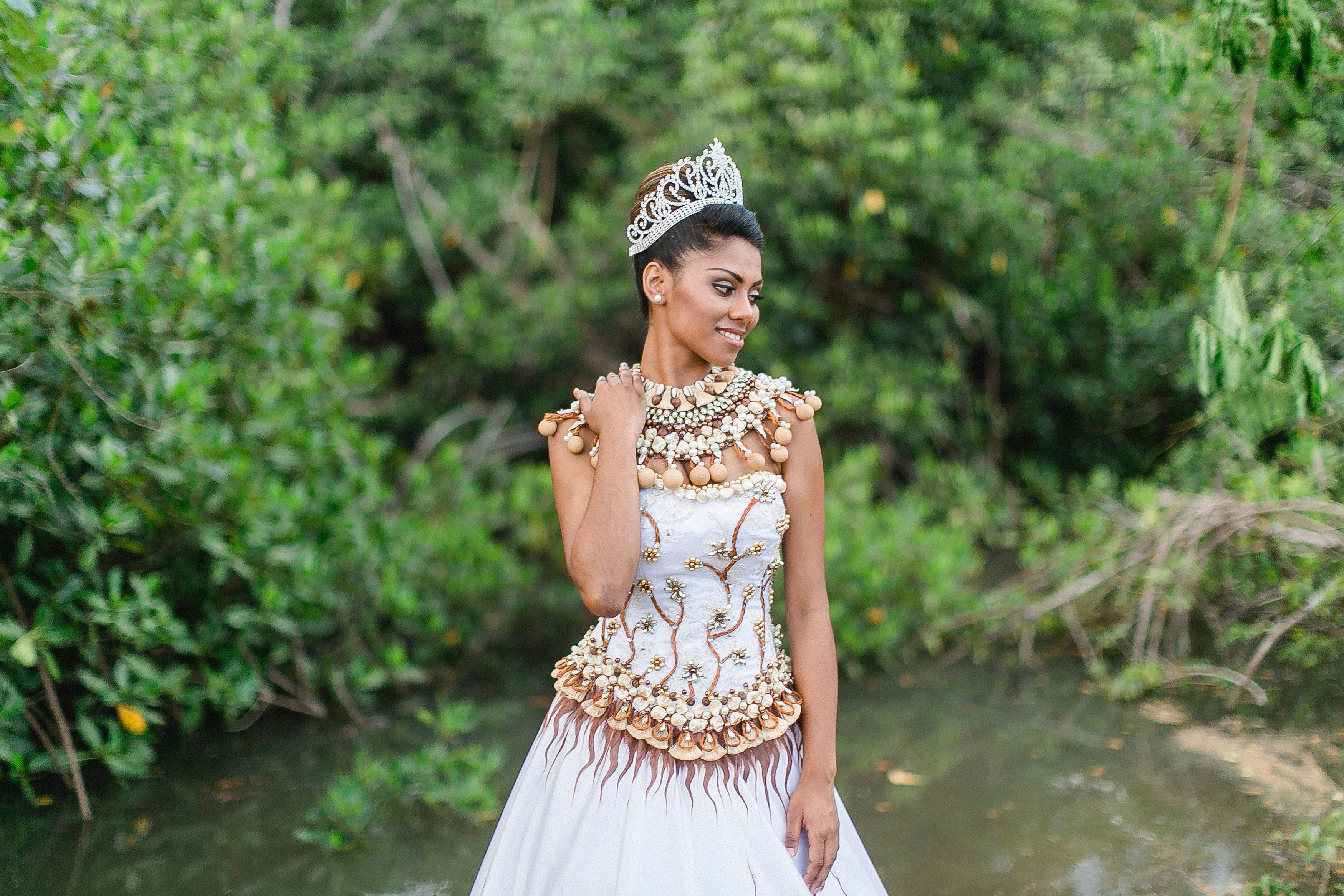 shot by leezett photography. the gown, a blend of itaukei
