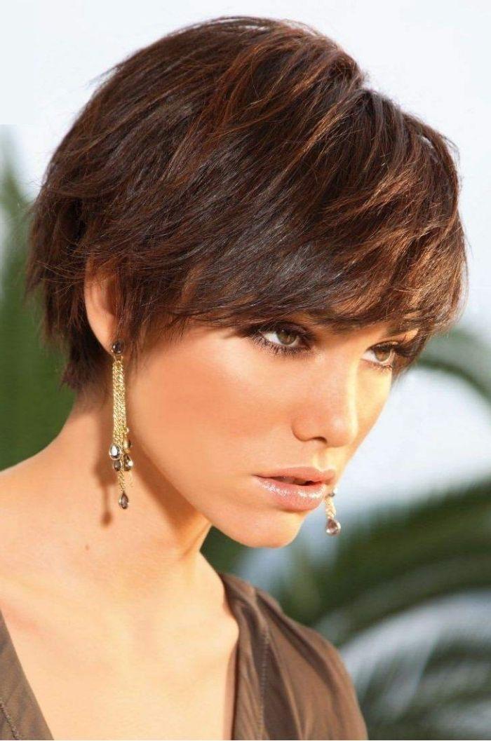 Photos coupe de cheveux courtes femme