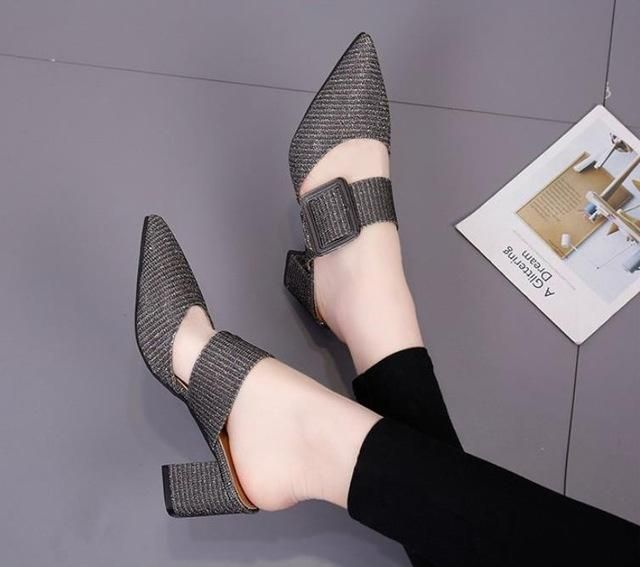 2018 spring and summer new high-heeled shoes Europe and the United States pointe…