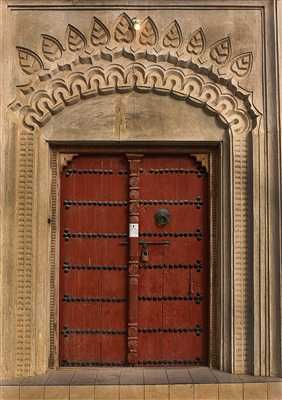 باب تراثي الأحساء Tall Cabinet Storage Home Decor Doors