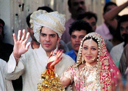 Karisma Kapoor Wedding Pictures Photos Gallery Husband Name Marriage Date Indian Wedding Bollywood Wedding Aishwarya Rai Wedding Pictures