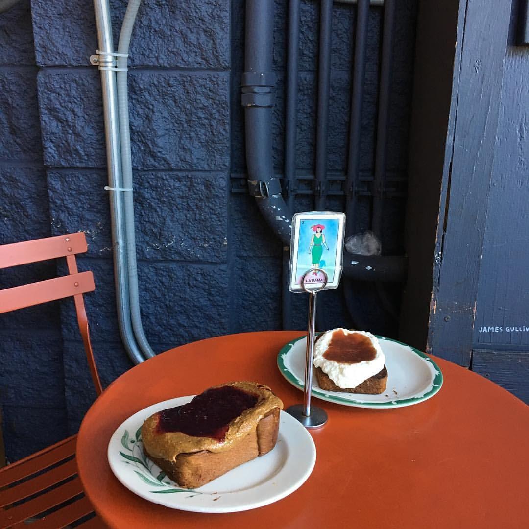 In LA we LOVE fancy toast.