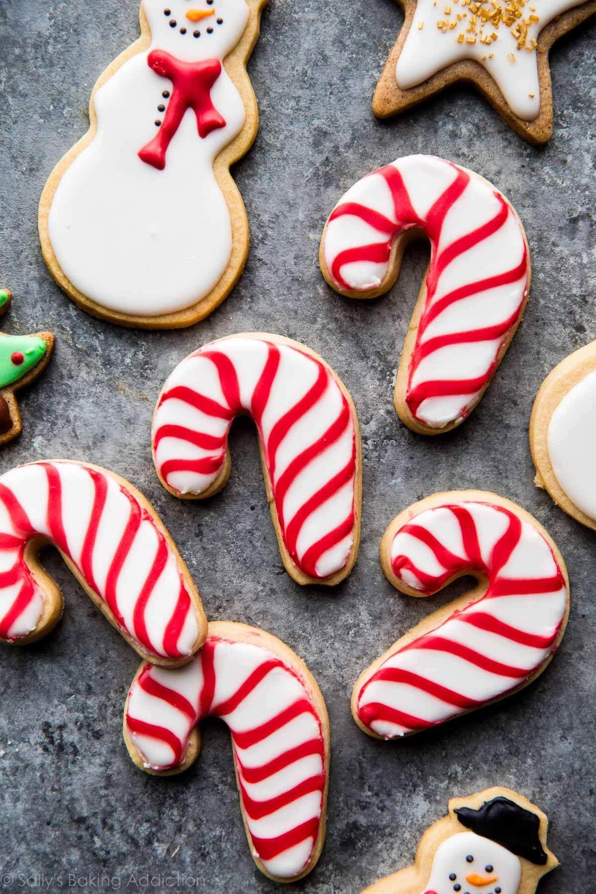 create beautiful decorated christmas sugar cookies with this awesome sugar c sugar cookies decorated sugar cookie recipe with royal icing no bake sugar cookies pinterest
