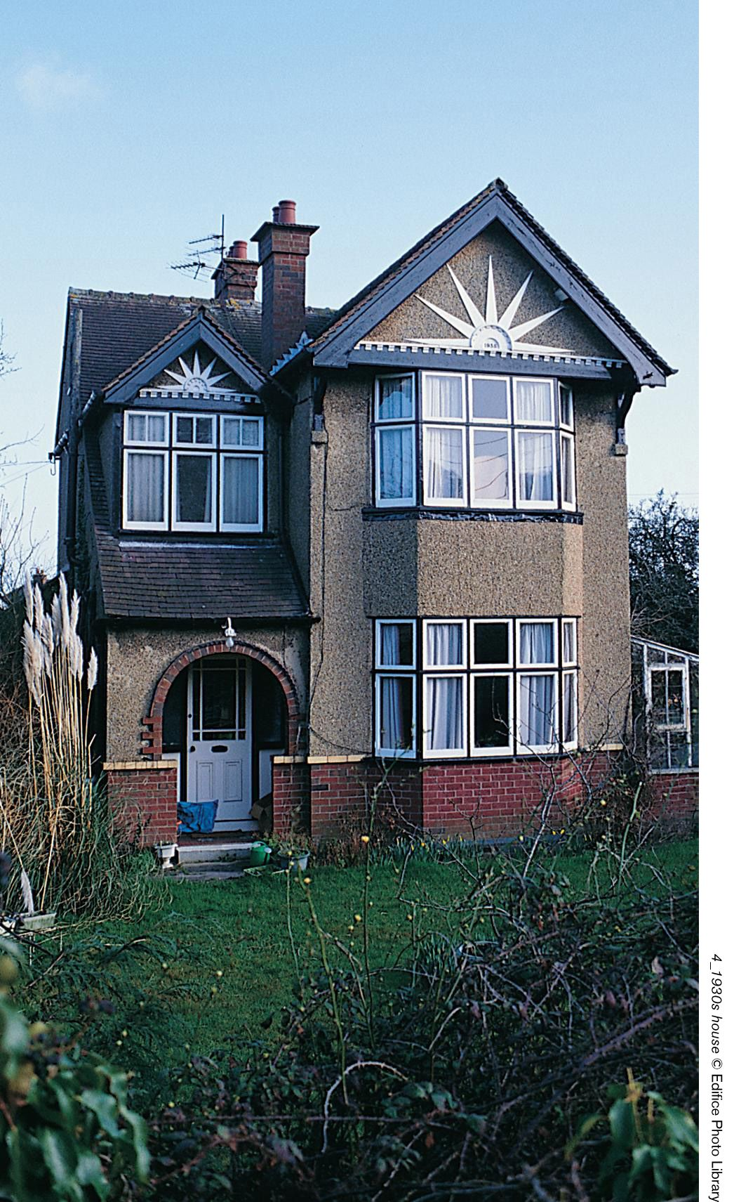 1930's house - Google Search | 1930's | 1930s house, 1930s ...