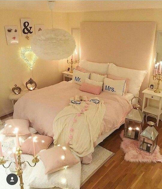 Pin de robins pins en bedrooms pinterest dormitorio for Dormitorios estudiantes decoracion
