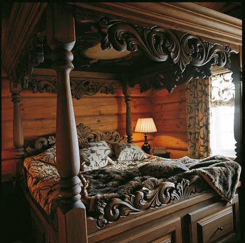 Best 25 Carved Beds Ideas On Pinterest Wooden Trunks
