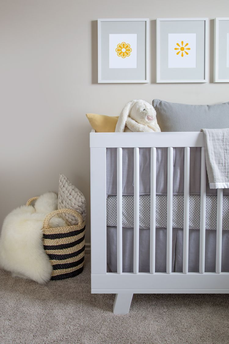 10 DIY Solutions for Bedrooms Without Closets Diy crib
